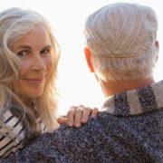 Elite Rencontre Seniors : faire des rencontres sérieuses sur internet après 50 ans
