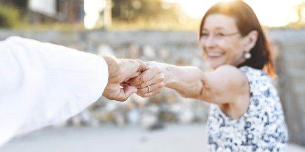 Disons Demain est-il gratuit ? Peut-on fait des rencontres seniors sans payer ?