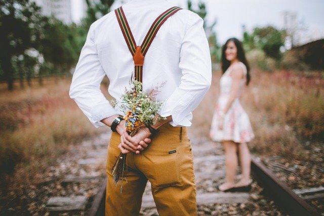 Reconnaitre un homme qui n'est pas amoureux.