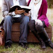 Un homme de 50 ans peut-il encore tomber amoureux et trouver la personne idéale ?